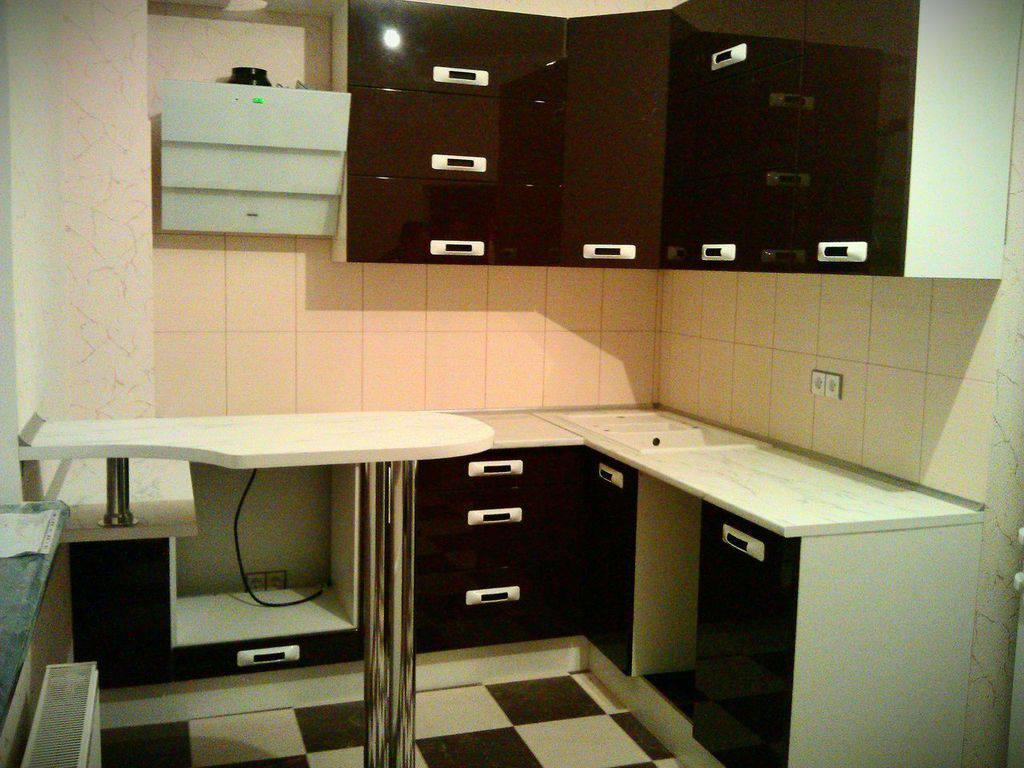 Кухня г-образная модерн №16