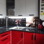 Кухня с фасадами из МДФ накатанного пластиком
